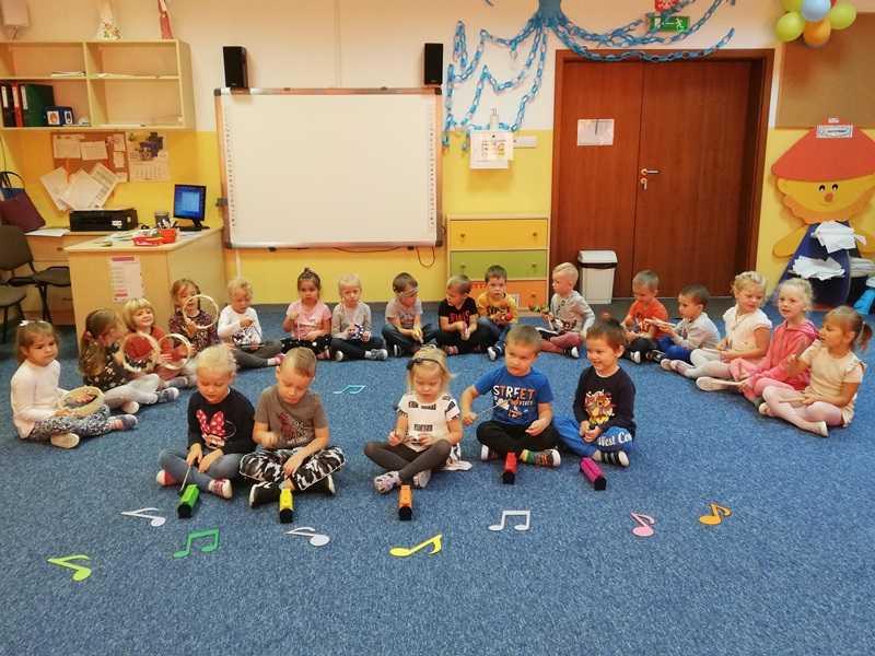 zabawa w gminnym przedszkolu