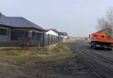 Rusza budowa drogi na osiedlu truskawkowym