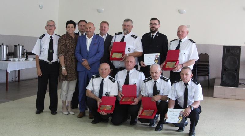 strażacy z OSP Malenia